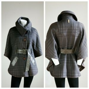Mackage Short Plaid Beige Brown Spring Fall Cape